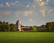 Barbara Smith Metal Prints - Red Barn Early Morning Metal Print by Barbara Smith