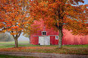 Photos Of Autumn Prints - Red Barn With White Barn Door Print by Jeff Folger