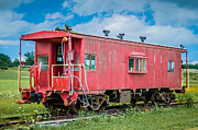 Guy Whiteley - Red Caboose  7D06183