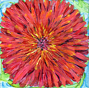 Regina Valluzzi - Red dahlia miniature 4...