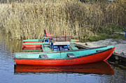 Aleksandr Volkov - Red lake boats landscape