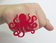 Charm Ring Jewelry - Red Octopus Ring by Rony Bank