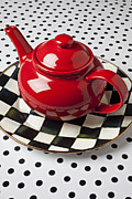 Red Teapot On Checkerboard Plate Print by Garry Gay