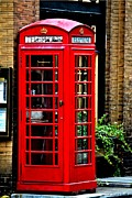 Tara Potts - Red Telephone Box