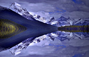 Tara Turner - Reflections at Maligne...