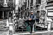 Steven  Taylor - Resting in Venice