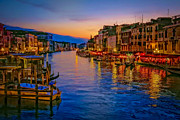 Venedig Photos - Rialto Evening by Andy Bitterer