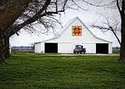 Farming Barns Prints - Rising Star Quilt Barn Print by Cricket Hackmann
