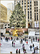 Skates Prints - Rockerfeller Center in midtown Manhattan 2 Print by Geri Scull