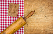 Palatia Photo - Rolling pin with mold on...
