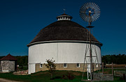 Round Barn Print by Gene Sherrill