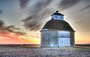 Christopher L Nelson - Round Barn Sunrise