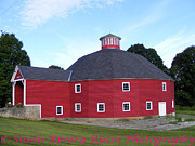 New England. Pyrography Prints - Round Barn Print by Susan Russo