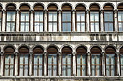 Repetition Photos - Row of windows by Sami Sarkis
