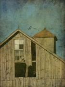 Grunge Digital Art - Rural Iowa Barn 5 by Cassie Peters
