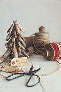 Sandra Cunningham - Rustic twine and ribbon for wrapping gifts