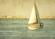 Lisa Comperry - Sailing away