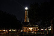 Saint Simons Lighthouse Print by Leslie Kirk