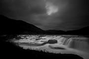 Dan Friend - Sandstone Falls at night with hidden moon