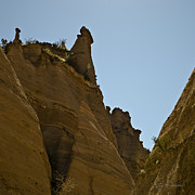 David Gordon - Sandstone Peaks Sq