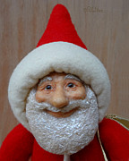 Painted Sculpture Sculptures - Santa Sr. - Closeup by David Wiles