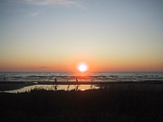 Sauble Beach North Sunset Print by Merv Scoble