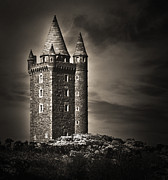 Jane Mcilroy Art - Scrabo Tower Newtownards County Down by Jane McIlroy