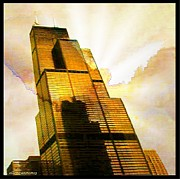 Willis Tower Digital Art - Sears Tower Breaking Dawn by Ellen Cannon