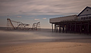 Jet Star Rollercoaster Photos - Seaside Carnage by Richard Zoeller