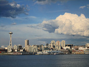 Kym Backland - Seattle Skyline Sunny Day