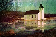 Shirley Sirois    Prints - Secluded Sanctum  Print by Shirley Sirois
