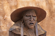 Tlaquepaque Village Photos - Sedona Statue by Tom Singleton