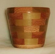 Décor Sculptures - Segmented Bowl Turning by Russell Ellingsworth