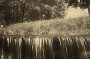 Peter Fodor - Sepia waterfall