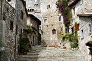 Cobblestone Framed Prints - Sermoneta Framed Print by Fabrizio Troiani