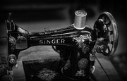 Cloths Posters - Sewing Machine - Singer Sewing Machine in Black and White Poster by Paul Ward