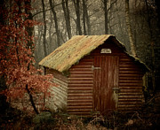 Rural Decay Art - Shack by Odd Jeppesen