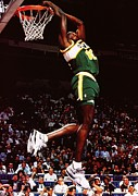 Dunk Photo Metal Prints - Shawn Kemp Poster Metal Print by Sanely Great
