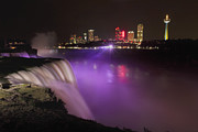 Niagara Falls Photos - Shine On Brightly by Evelina Kremsdorf