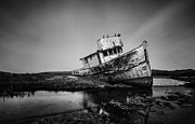 Jerome Obille - Shipwreck in Black and...