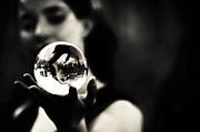 Jenny Rainbow - Show Me My Future. Amsterdam Street Performance