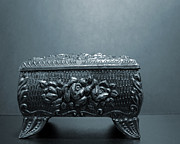 ChelsyLotze International Studio - Small Silver Box
