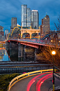 Pittsburgh Skyline.  Framed Prints - Smithfield Street Bridge Framed Print by Emmanuel Panagiotakis