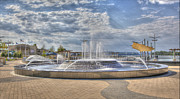 Owensboro Kentucky Posters - Smothers Park Fountains #1 Poster by Wendell Thompson