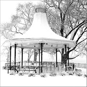 Owensboro Kentucky Posters - Smothers Park Gazebo Poster by Wendell Thompson