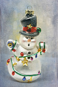 Holiday Decoration Framed Prints - Snowman Framed Print by Cindi Ressler