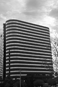 Architectur Metal Prints - Soutfield Round Hi Rise Black and White Metal Print by Bill Woodstock