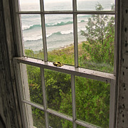 South Manitou Island Lighthouse Window Print by Mary Lee Dereske