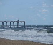 Kitty Art - Southern Shores Pier by Cathy Lindsey