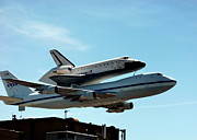 Jeff Lowe - Space Shuttle Endeavour